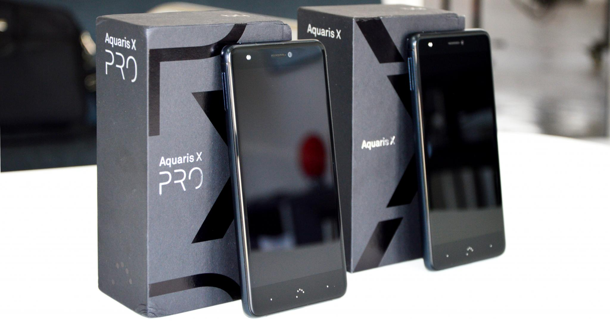 BQ Aquaris X Pro vs BQ Aquaris X - Recensione comparativa